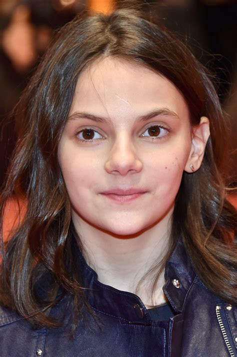 Dafne Keen Pictures and Photos   Fandango