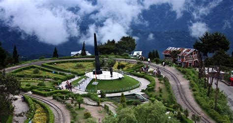 Pahang Tourist Attractions, Activities and Hotels Guide