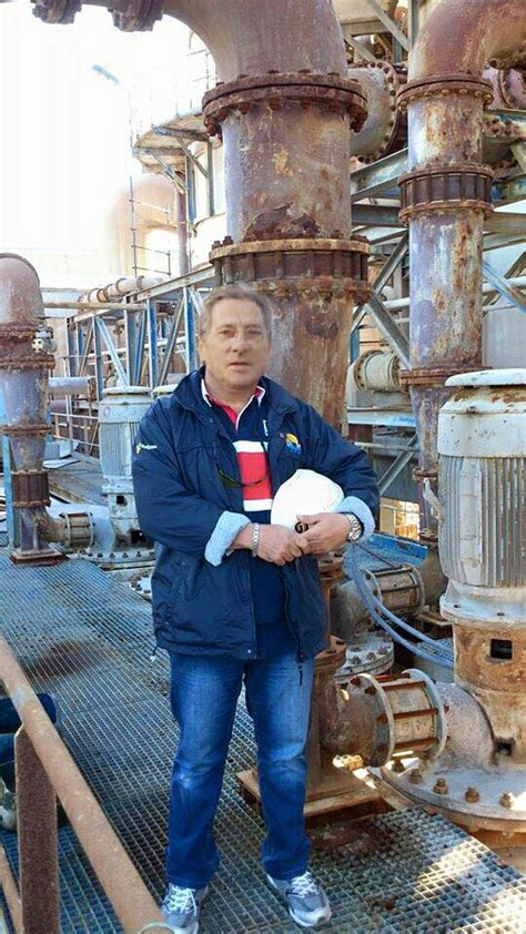 Warning Aaron Johnson oil rig scam - Home | Facebook