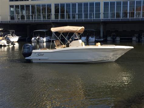 2020 Scout 215 XSF Center Console for sale - YachtWorld