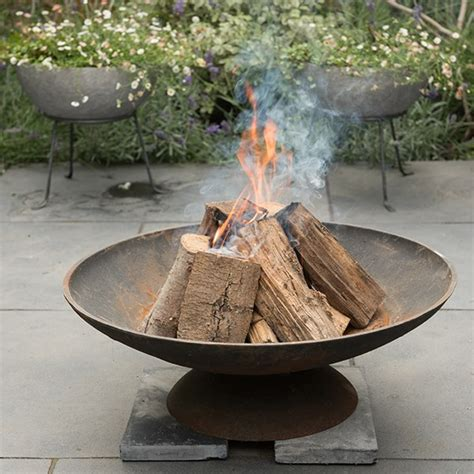 Buy Cast iron disc fire pit: Delivery by Crocus