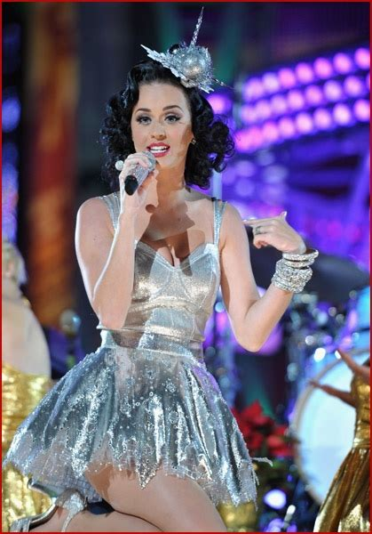 KATY PERRY: GRAMMY GIRL | Faded Youth Blog