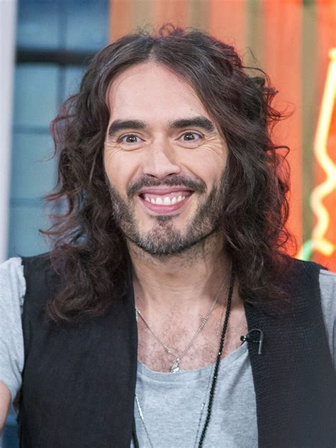 Russell Brand shocks fans as he shares hilarious throwback