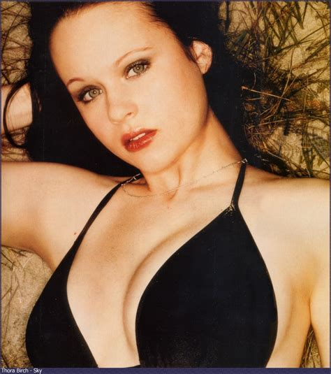 Pictures of Thora Birch, Picture #14588 - Pictures Of